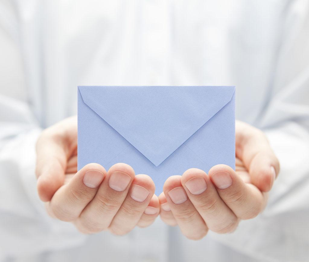 письмо в руках картинки красивый время
